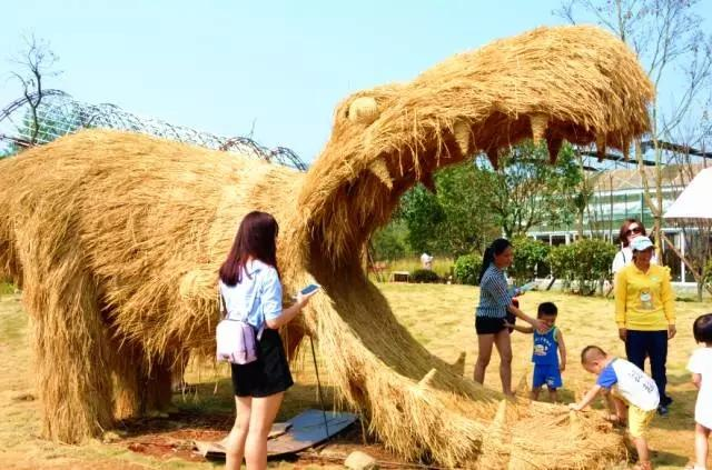 用稻草编织小动物步骤