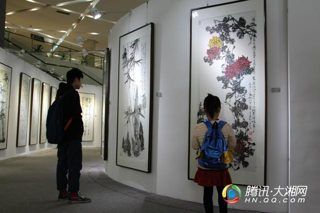 书画假日刘惠浦王友智美景联展在溧阳三馆一长沙名家酒店情趣艺术图片