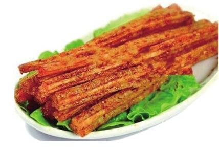 岳阳平江麻辣香干领跑全国 辣条到底能不能吃?