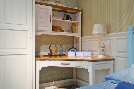 让儿童房充满书卷香 3款超值零甲醛环保书桌