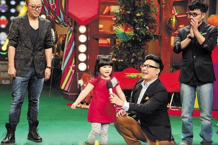 王岳伦和李湘的女儿王诗龄活泼可爱。