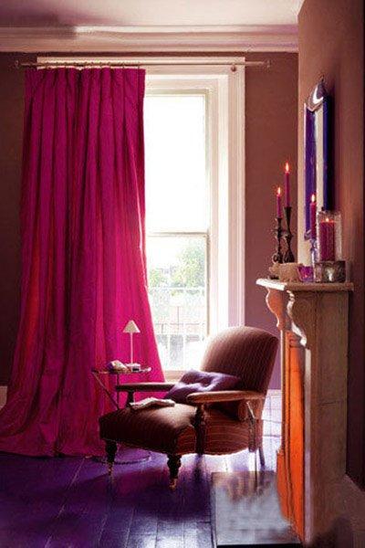 红色地板搭配窗帘图片暗红色地板绿色窗帘图片9