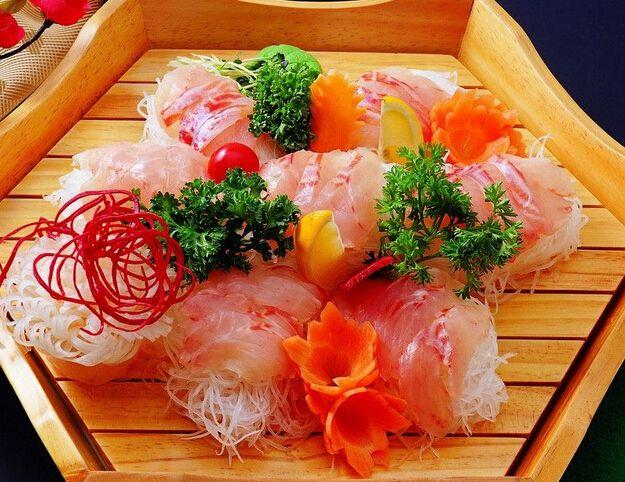 杜甫在湖南时最爱吃生鱼片 芥末当辣椒吃