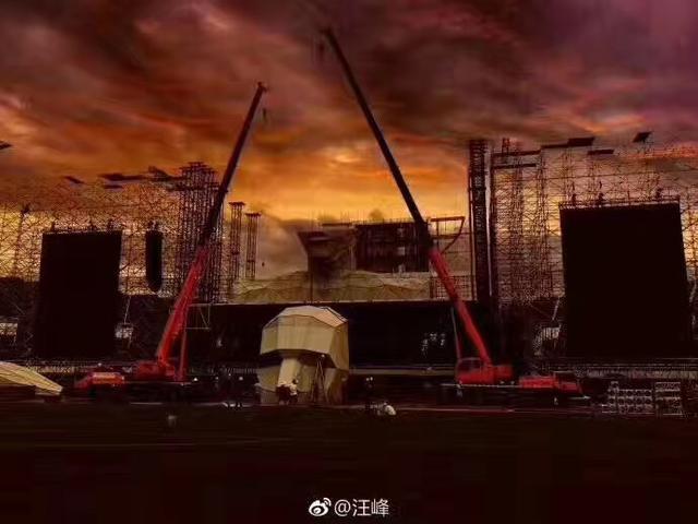 汪峰巡演舞美提前曝光 巨人X震撼长沙歌迷