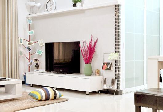 74平全开放简约两居设计 独特的飘窗沙发