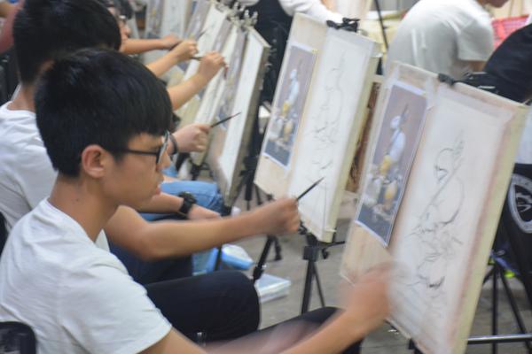 90后农村大学生五年坚守艺考培训创业路