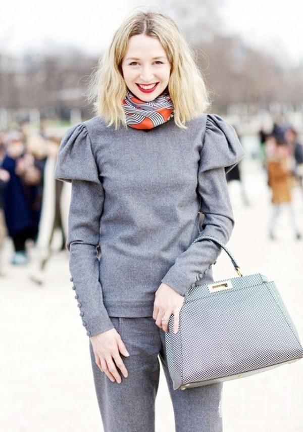 只用一条印花丝巾 完全颠覆你的冬日LOOK