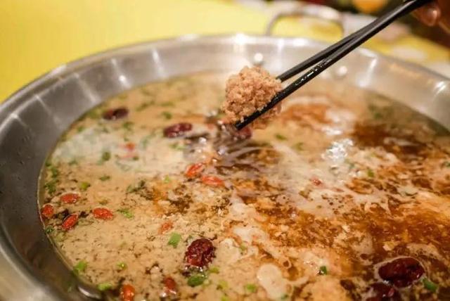 """在湖南本地有着""""江南园林""""的餐厅用餐是种什么体验"""