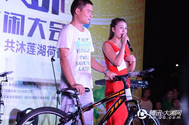 2200多人湖南参加户外比赛 开拓体育+旅游模