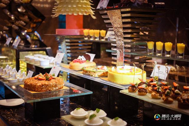长沙万达文华酒店美食汇西餐厅全线升级