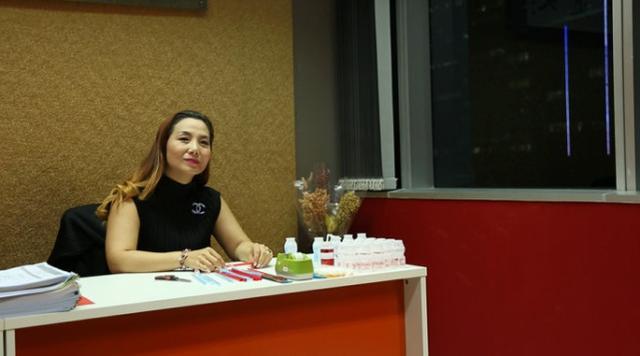 她在泰国教小朋友念中文 8年时间未曾回家过春节
