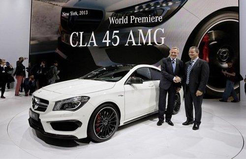 作为amg版本,cla45 amg的外观包围和普通cla的 sport版本并高清图片