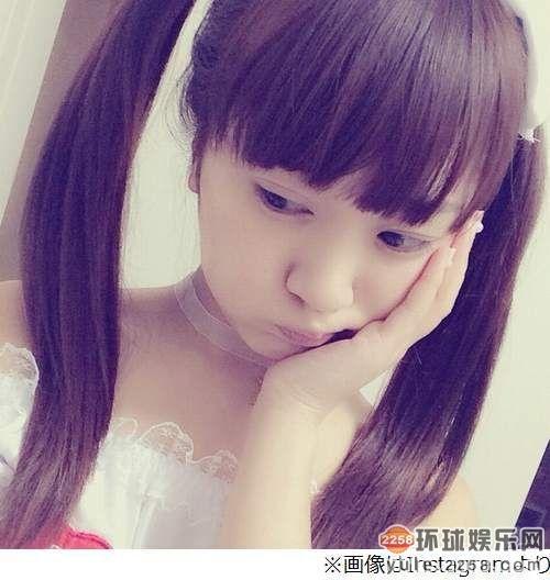 日本女星玩护士制服诱惑 蕾丝吊带袜秀性感图