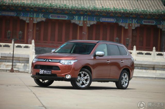 长沙进口三菱欧蓝德最高优惠4万 现车在售
