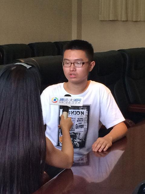 大湘网专访长沙市理科卷面分第一:考完想旅游