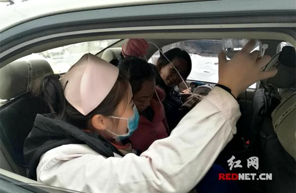 郴州市北湖区:冰雪下的生命接力赛