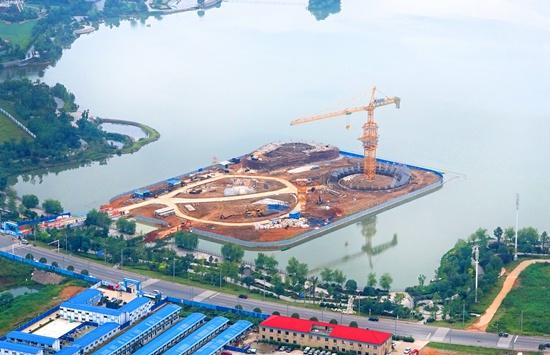 长沙梅溪湖地标建筑城市岛明年7月投入使用