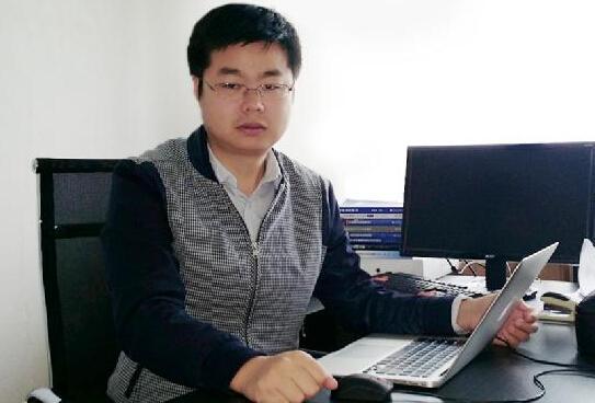 湖南85后博士学霸收入过亿 自创企业当上CEO