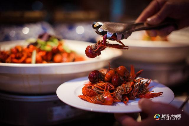 长沙万达文华美食酒店汇西餐厅视频v美食动漫网站有全线哪些美食的图片