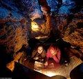 乌克兰罕见晶体洞穴似天悬星河