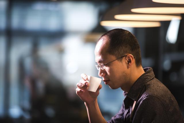 80后福建小伙长沙打拼  一杯咖啡开启的12年追梦之旅