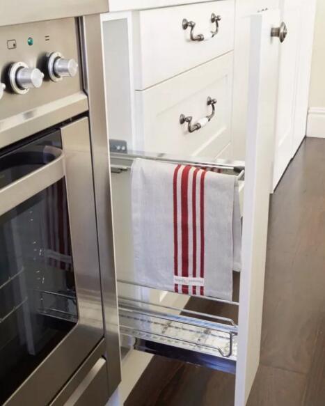 装修设计个大衣柜形式的橱柜 收纳能力杠杠的