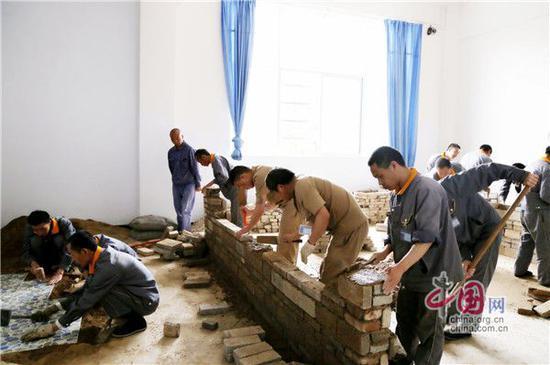 图:建筑泥水技能培训基地。摄影周建华
