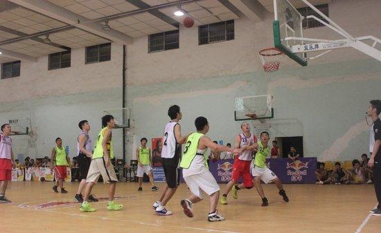 民政学院夺湖南高校篮球争霸赛长沙城市赛冠军