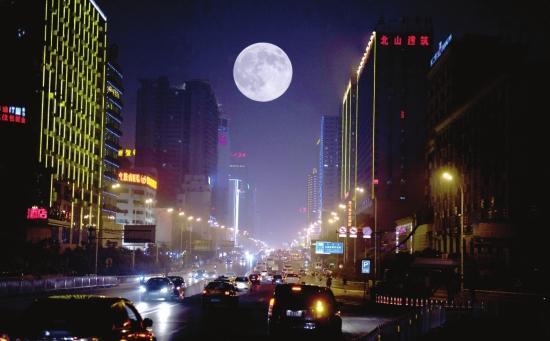 4769,今晚上看红月亮(原创) - 春风化雨 - 春风化雨的博客