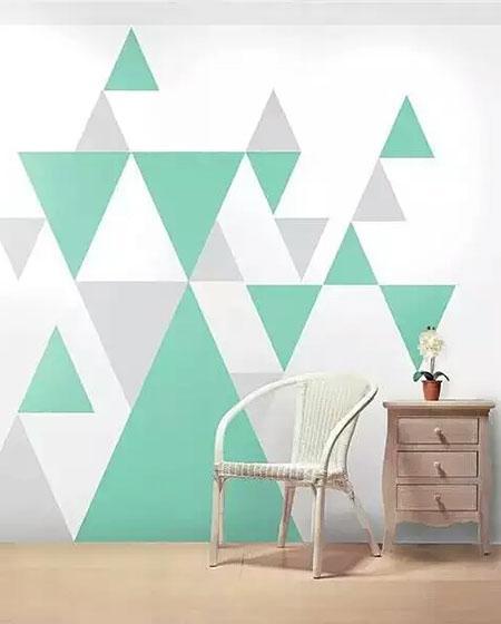 这是很简单的几何墙面了,白色背景色修饰以小山状的黑色三角形,三角图片