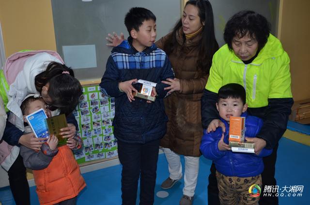流感持续 九典制药向自闭症儿童捐赠抗流感药品