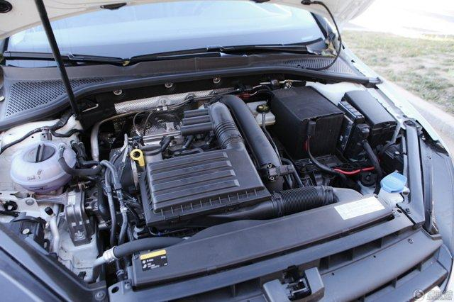 四款高品质紧凑级两厢车推荐 三英战吕布