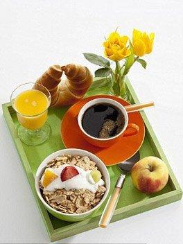 健康新知:每天两顿饭 更有效降低体重