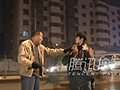 视频:七旬晨练老人挥鞭抽打肇事逃逸司机