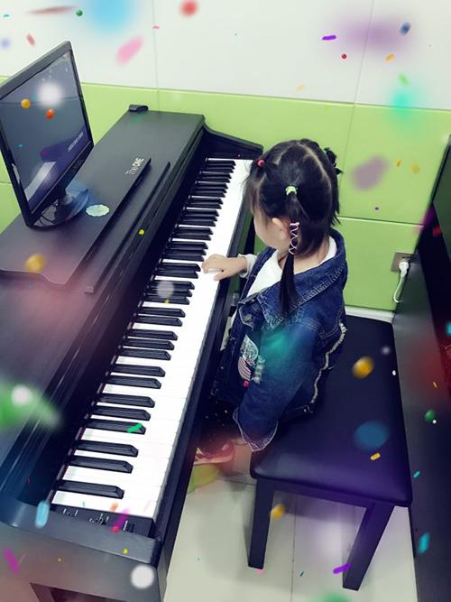 the one 智能钢琴--寻找指尖上的快乐