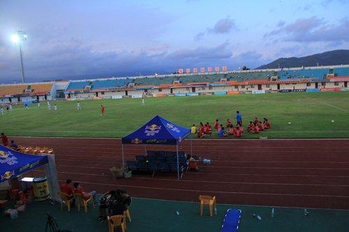 首届珊瑚宫殿杯青年足球赛 圆满闭幕受各界好
