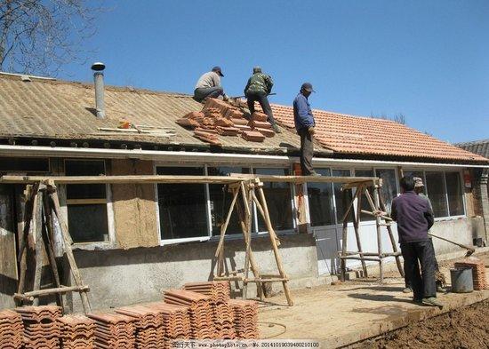 海南今年将改造2.5万户农村危房 多个美丽乡村初步建成