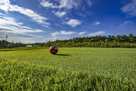融创海南青少年高尔夫球年终赛正式拉开帷幕