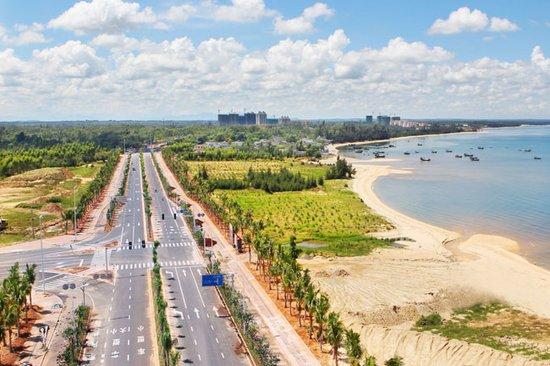 毛超峰率队赴儋州等地现场办公 统筹推进渔港建设