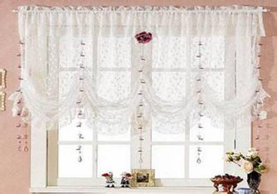 布艺窗帘巧搭配 轻松改造明亮家
