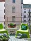 66平米公寓 饱和色块撞出活泼的家居氛围