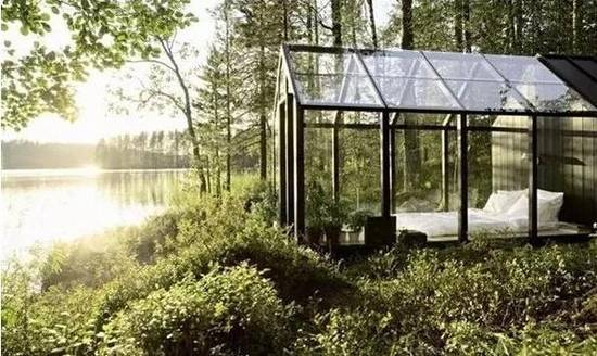 玻璃屋,推开门就是湖边,爽呆的度假让我昏昏欲睡……