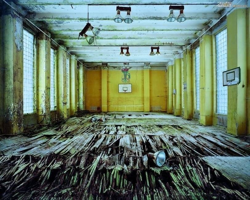废墟艺术中的恒久主题