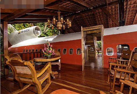 3万美金打造的奢华湖边飞机别墅