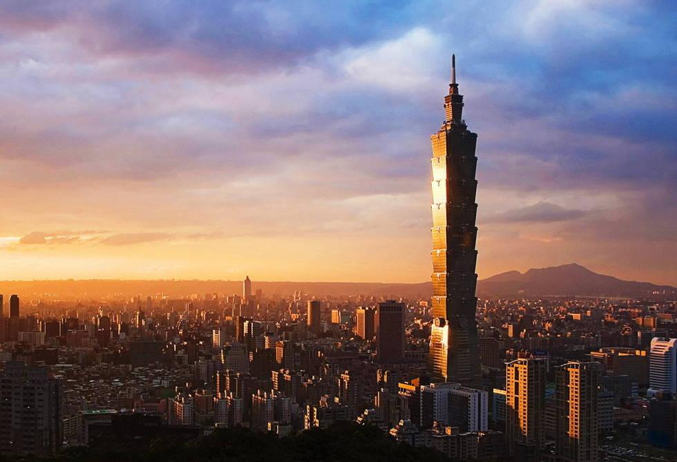 台湾人均_台湾身份证图片