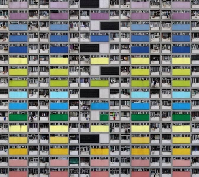 坐拥七百万常住人口,香港是世界上人口密度最为稠密的地区之一.