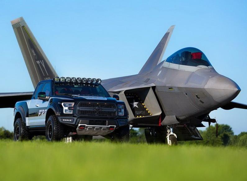 带头大哥与小弟 福特F-150跨界猛禽F22