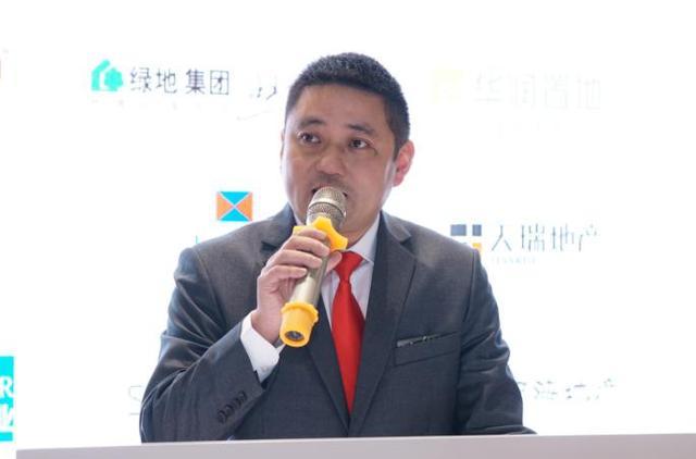 FC开幕 国际品牌阿鲁克演绎门窗新风尚 房产 第5张