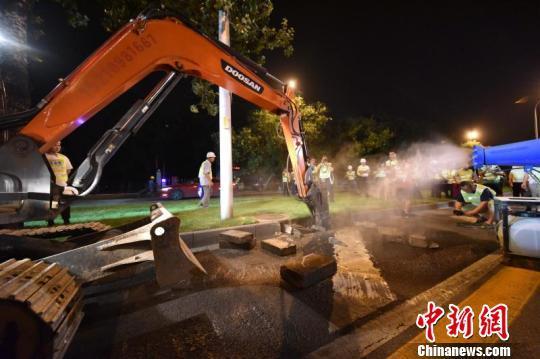 北京南三环主路大修启动 预计10月完成全线大修