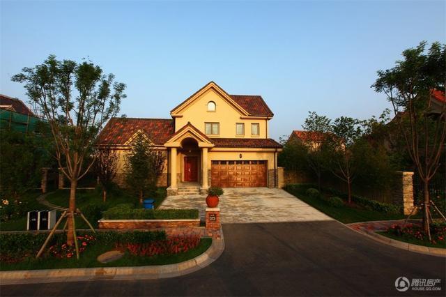 东方太阳城桃花源18栋现房别墅在售 均价35000元/平米